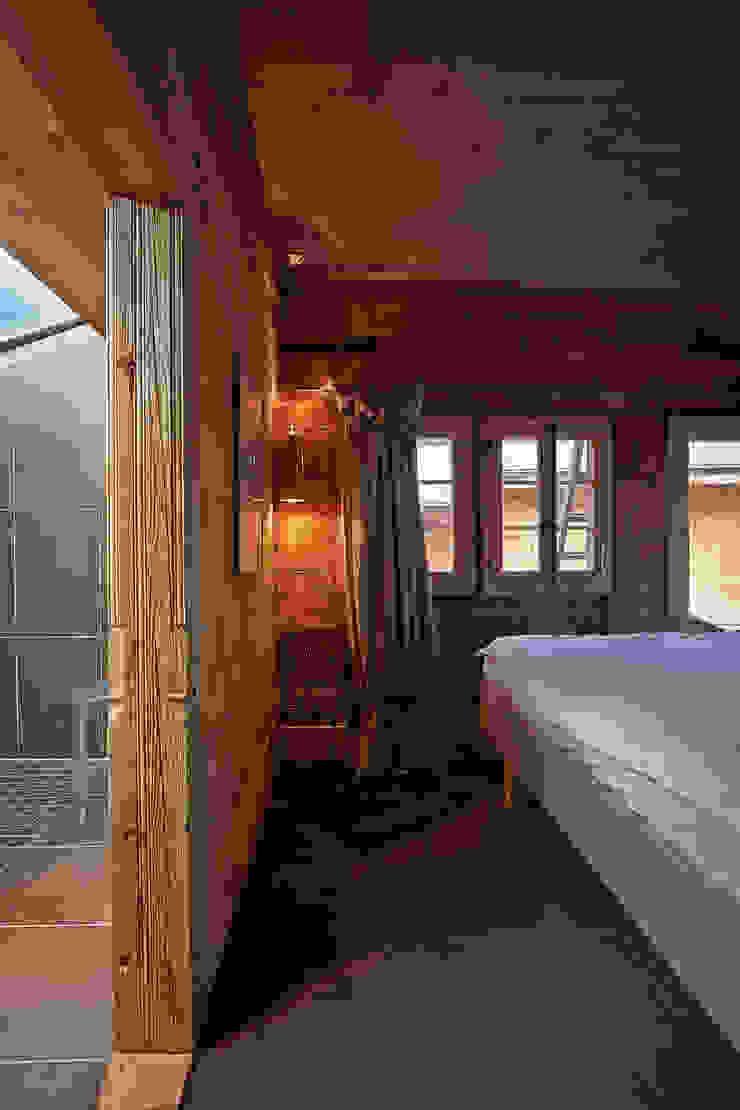 Schlafen Schlafzimmer im Landhausstil von gehret design gmbh Landhaus