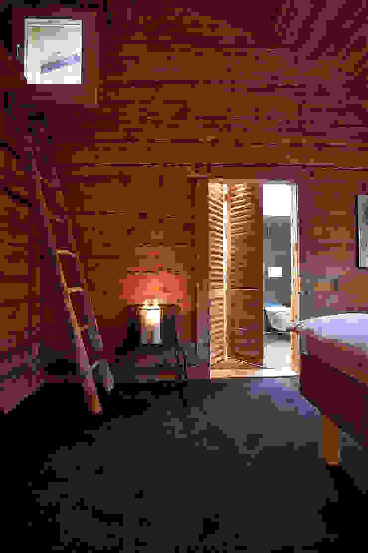 Schlafzimmer Schlafzimmer im Landhausstil von gehret design gmbh Landhaus