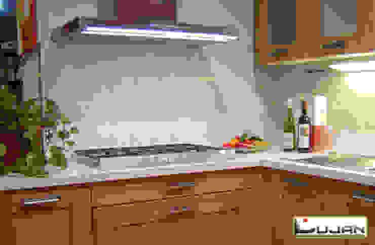 Silestone Bianco river Lujan Marmoles Cocinas de estilo rústico