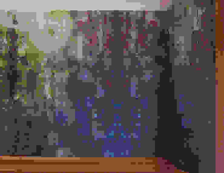Moss one off wallpaper Boston MA van Workingbert Eclectisch