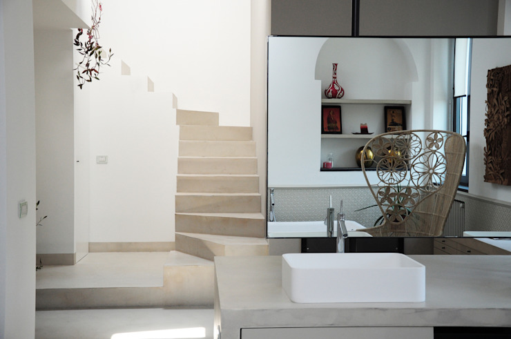 現代浴室設計點子、靈感&圖片 根據 Emanuela Orlando Progettazione 現代風