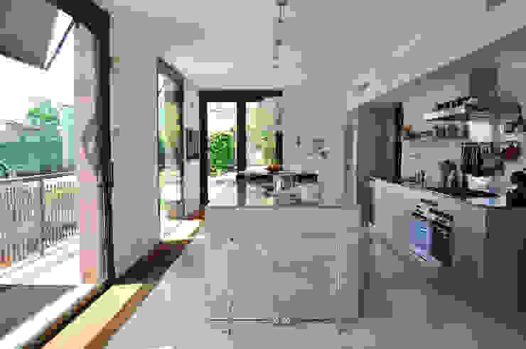 Küche von Emanuela Orlando Progettazione,