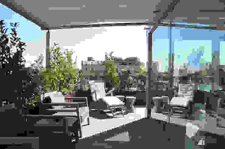 L'IMPORTANZA DEL FUORI Balcone, Veranda & Terrazza in stile moderno di Emanuela Orlando Progettazione Moderno