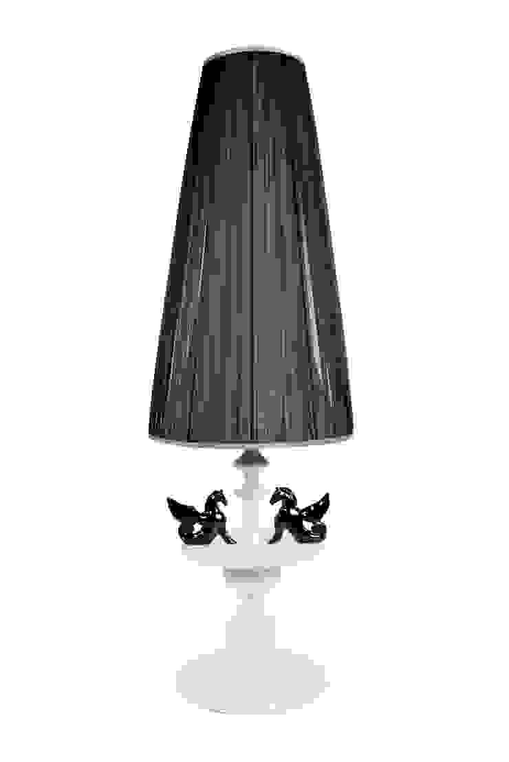 Colección Casa Decor 2013_ Lámpara de pie de moreandmore design Ecléctico