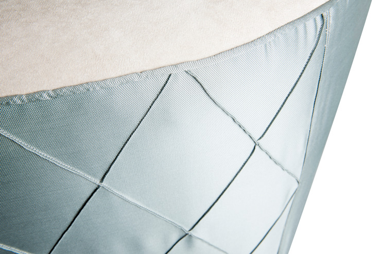 Colección Casa Decor 2013_ Sofá de moreandmore design Ecléctico