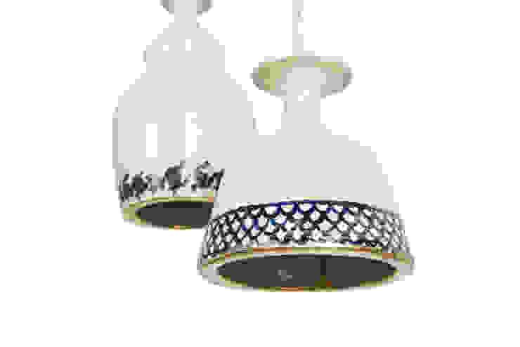 Colección Casa Decor 2013_ Lámpara de techo cerámica de moreandmore design Ecléctico