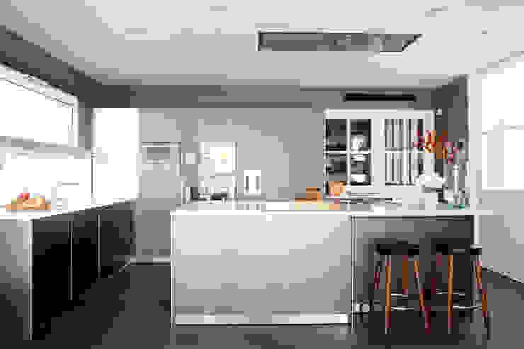 El hogar bulthaup Cocinas de estilo minimalista de Greek Barcelona Minimalista