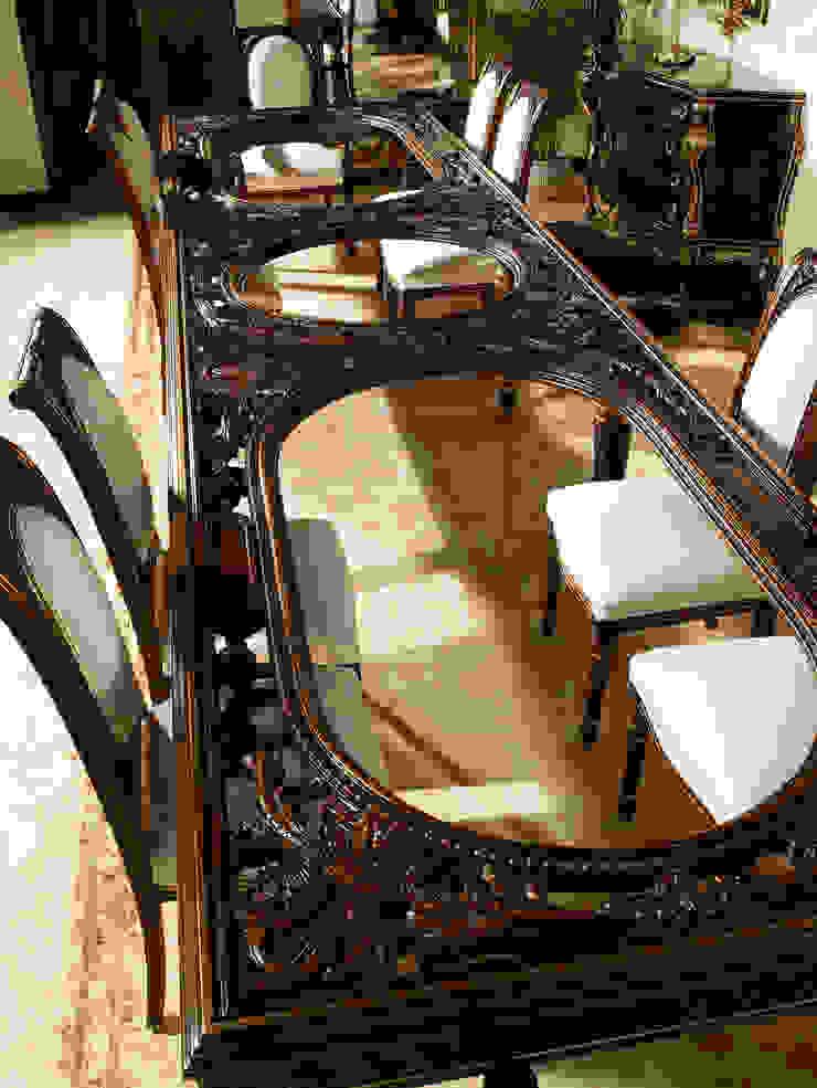 Special curved table 5 meters de Estilo DECORARCHER Clásico