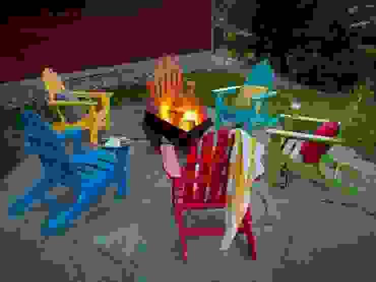 Casa Bruno Gartensessel Adirondack, gruppiert um eine Feuerstelle von Casa Bruno - the way to feel good Ausgefallen