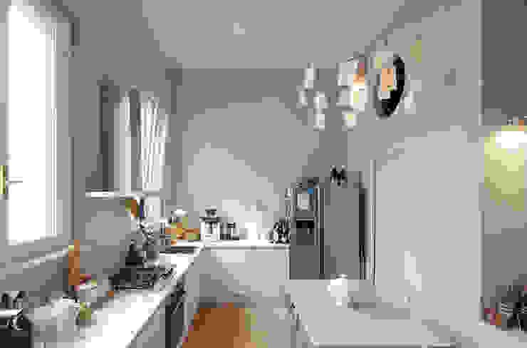 manzoni Cucina moderna di andrea borri architetti Moderno