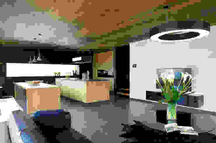 Modern Living Room by massive passive Modern