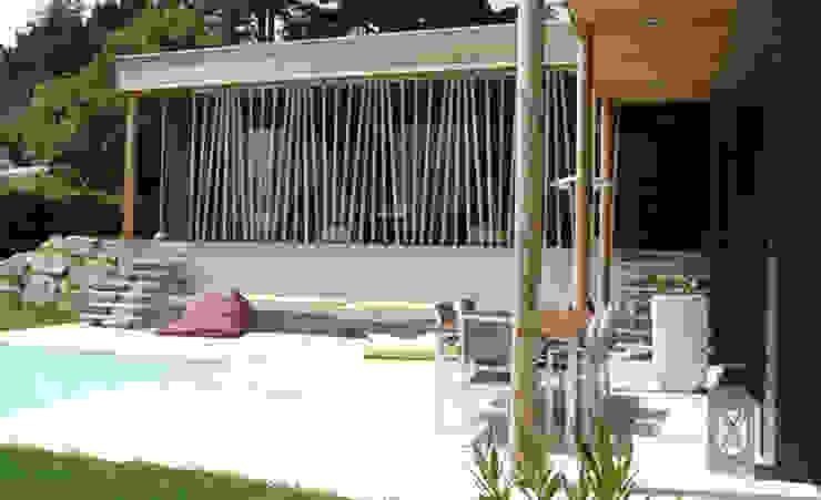 Maison Le K / Vandel - 44 Balcon, Veranda & Terrasse modernes par Gilles Cornevin SARL Moderne