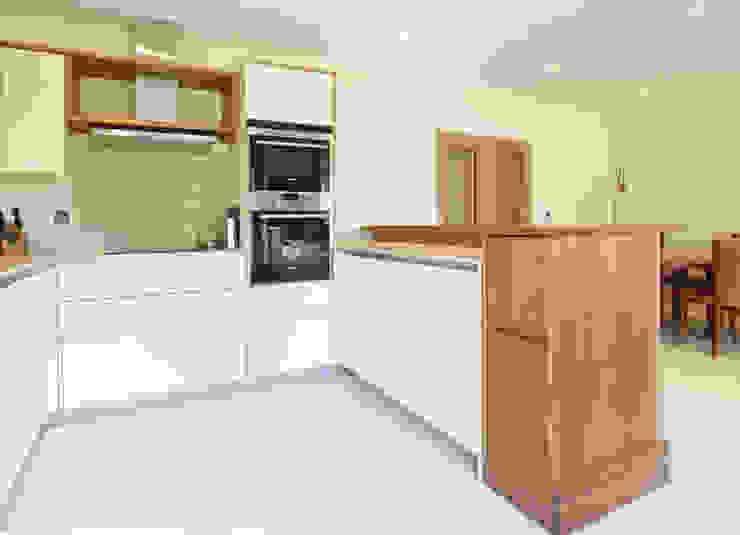 Residential - Hampton Court Modern kitchen by Tendeter Modern