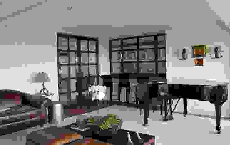Livings de estilo clásico de Vaiano e Rossetto Arquitetura e Interiores Clásico
