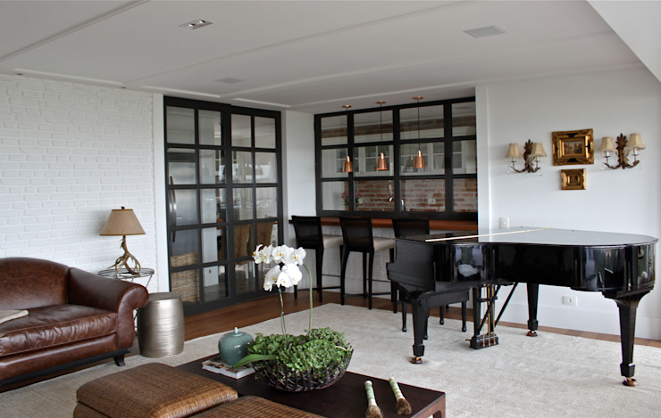 Гостиная в классическом стиле от Vaiano e Rossetto Arquitetura e Interiores Классический