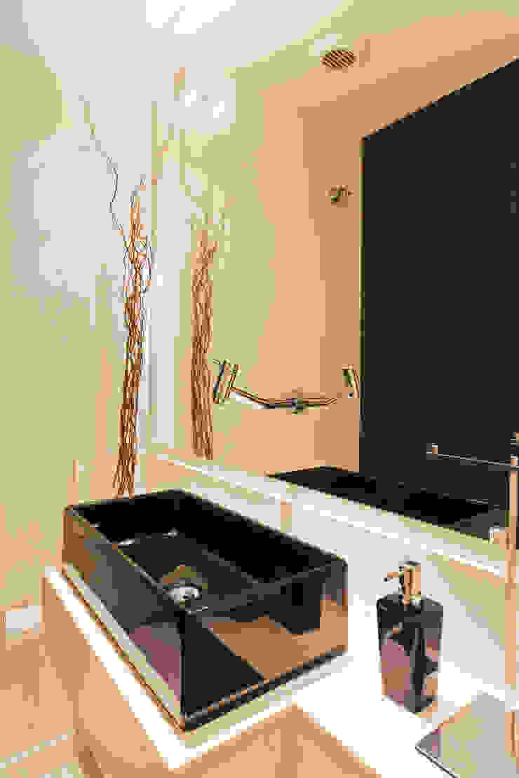 Lavabo Banheiros modernos por Enzo Sobocinski Arquitetura & Interiores Moderno Mármore
