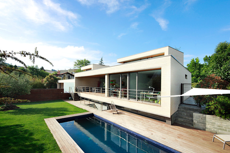 Houses by Hoz Fontan Arquitectos