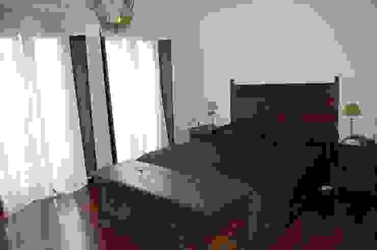 Classic style bedroom by Eva Fonseca estudio de arquitectura Classic
