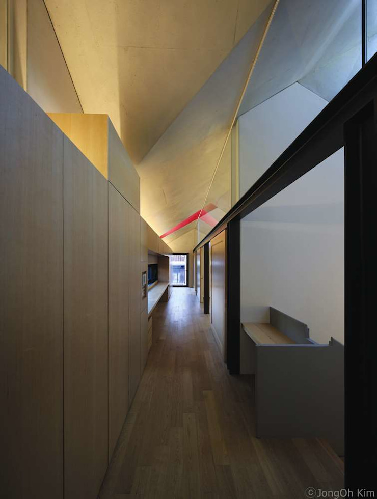 Yeon-hui dong house 모던스타일 복도, 현관 & 계단 by ISON ARCHITECTS 모던