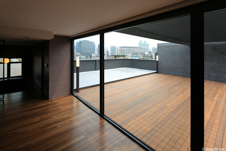 Y Building Remodeling by ISON ARCHITECTS