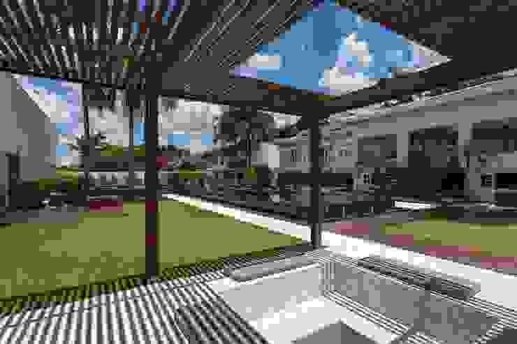 Lazer em Atibaia Piscinas modernas por Nautilo Arquitetura & Gerenciamento Moderno
