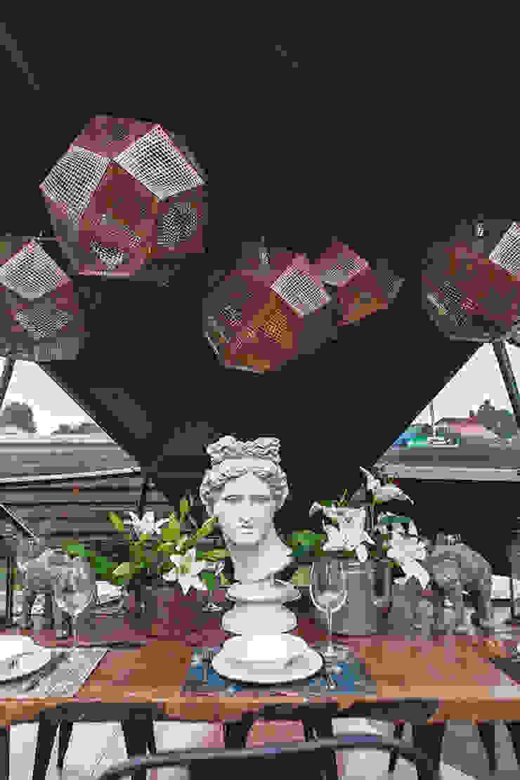 Gazebo ad pergola for a TV-programme Fazenda Столовая комната в эклектичном стиле от SHKAF interior architects Эклектичный