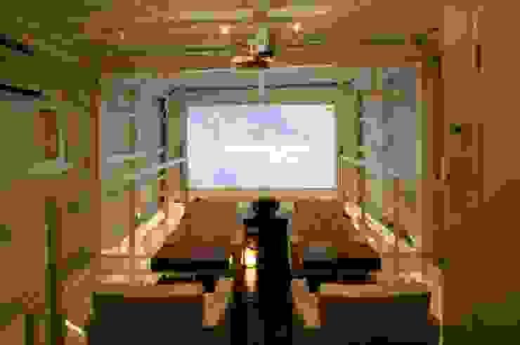 スイッチする空間 モダンな商業空間 の ツカ・デザインスタヂオ一級建築士事務所 モダン