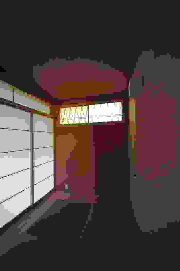 桜台の住まい House in sakuradai モダンな 家 の タイラヤスヒロ建築設計事務所/yasuhiro taira architects & associates モダン