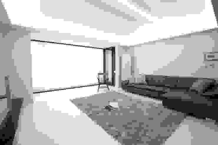 "Natural marble flooring ""NEW EASYSTONE"" by (주)이지테크(EASYTECH Inc.) Сучасний"