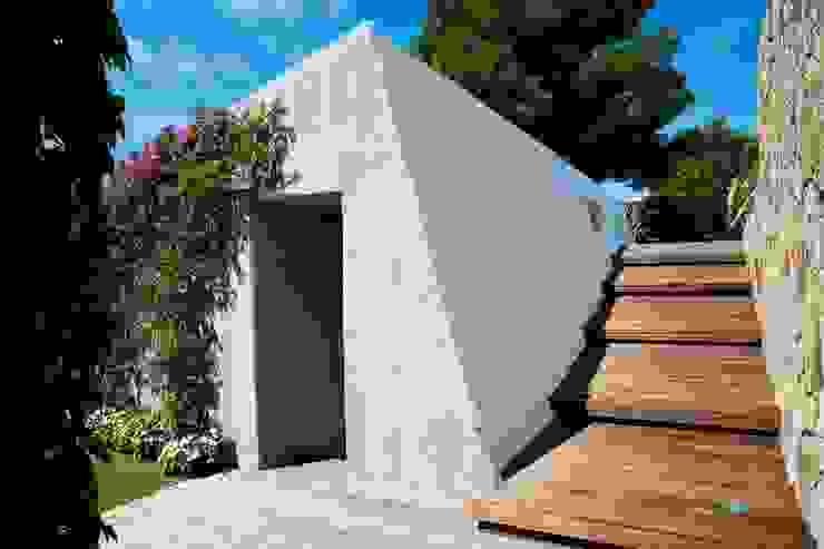 Villa <q>O</q> – Portisco, Sardegna Case in stile minimalista di Studio Marastoni Minimalista