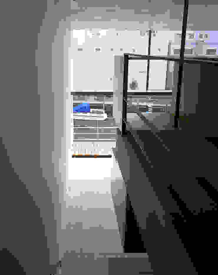 日本橋-川辺の家 オリジナルデザインの テラス の 西島正樹/プライム一級建築士事務所 オリジナル