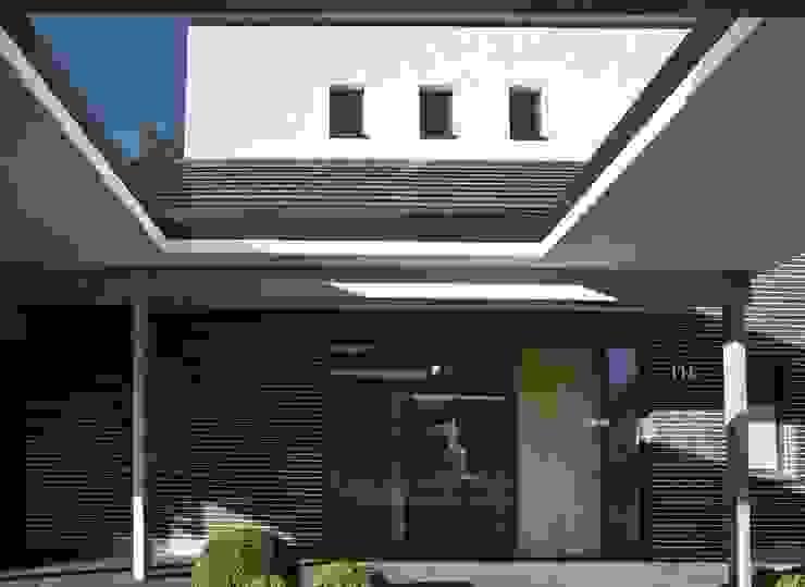 Eingang Moderne Häuser von .rott .schirmer .partner Modern