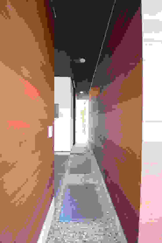 brise_soleil 日本家屋・アジアの家 の ANTENNA DESIGN 和風