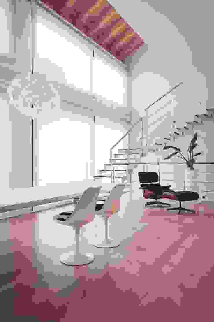 casa ROSS Ingresso, Corridoio & Scale in stile minimalista di Marg Studio Minimalista
