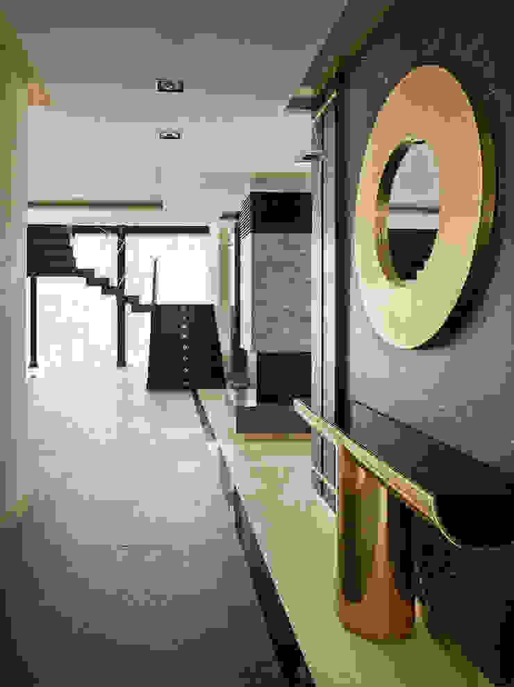 Pasillos, vestíbulos y escaleras de estilo minimalista de FullHouseDesign Minimalista