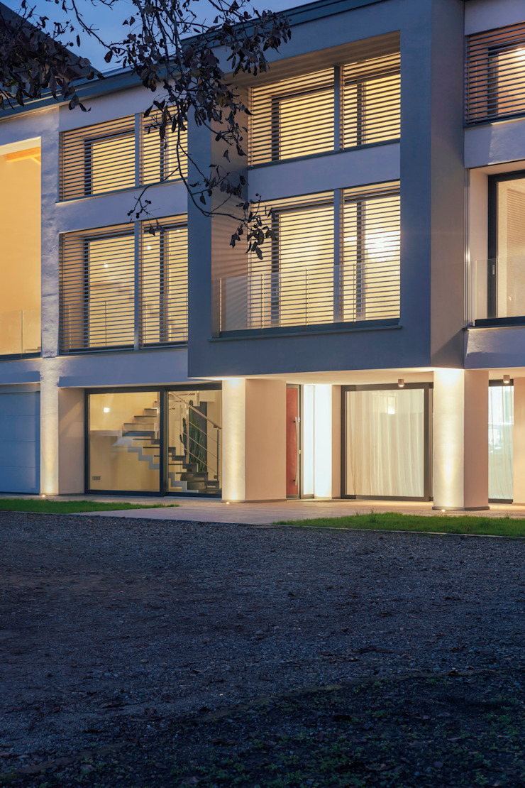 ingresso Case in stile minimalista di Marg Studio Minimalista