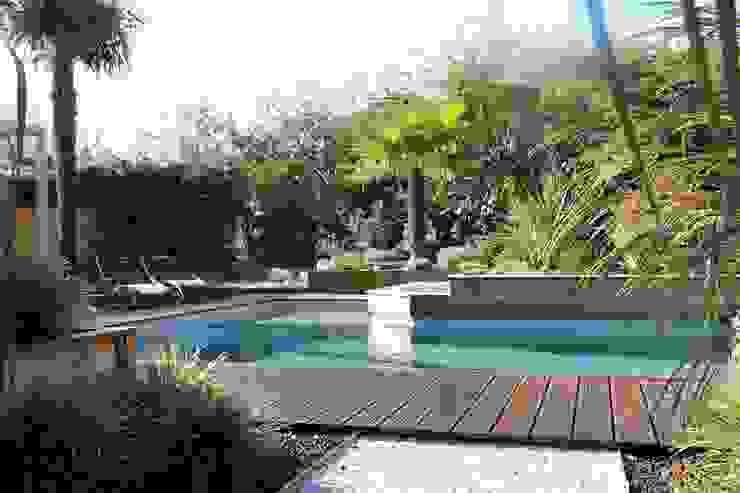 by bureau d'etudes jardins KAEL Modern