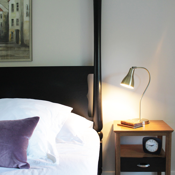 Goldsborough Bed: modern  by TurnPost, Modern