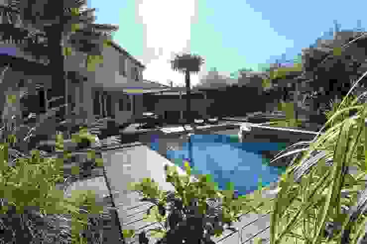 Moderne zwembaden van bureau d'etudes jardins KAEL Modern