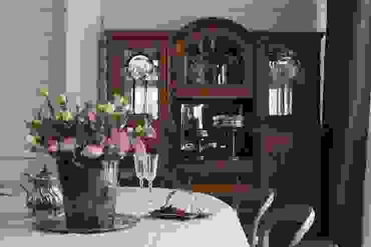 Salle à manger originale par Atelier Interior Éclectique