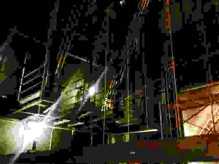 Varanda de manobra Centros de congressos industriais por Lazuli Arquitetura Industrial