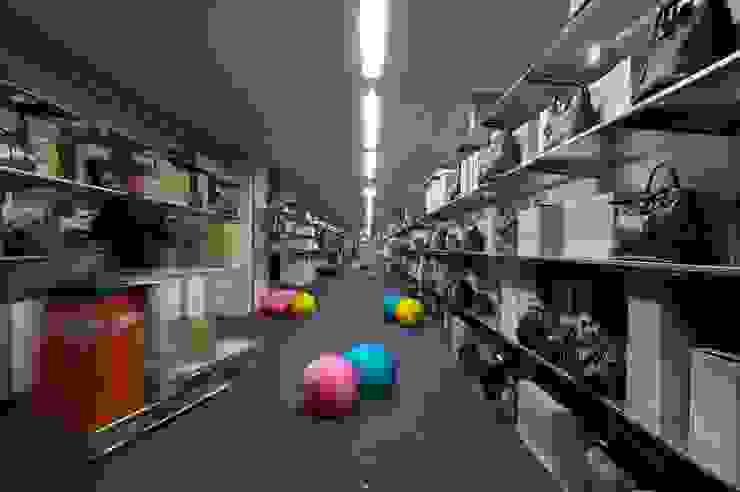 Negozi: Franz Kraler Dobbiaco di Studio Marastoni Moderno