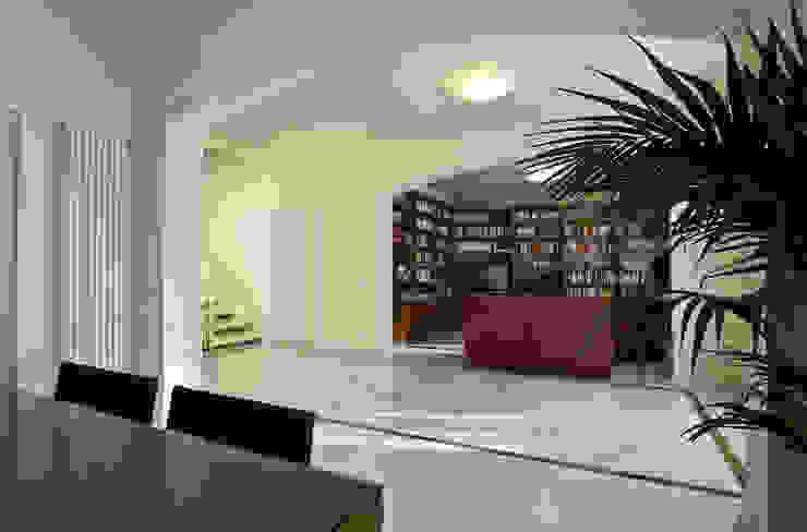 """""""Villino"""" a Pisa Soggiorno classico di C+A Caponi Arrighi architetti associati Classico"""