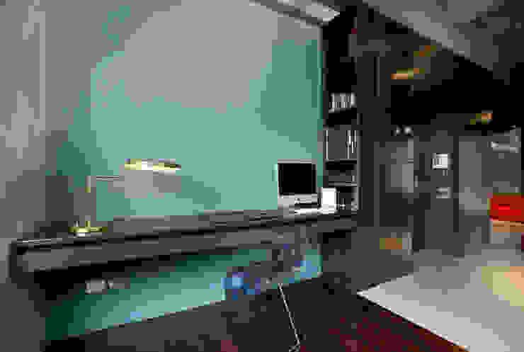 MG2 architetture - Interior - Loft Studio in stile industriale di mg2 architetture Industrial