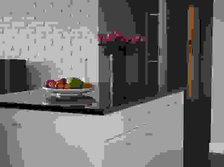 現代廚房設計點子、靈感&圖片 根據 Izabela Widomska Interiors 現代風