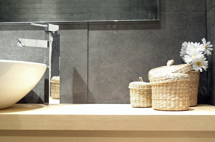 Mueble baño Baños de estilo moderno de davidMUSER building & design Moderno
