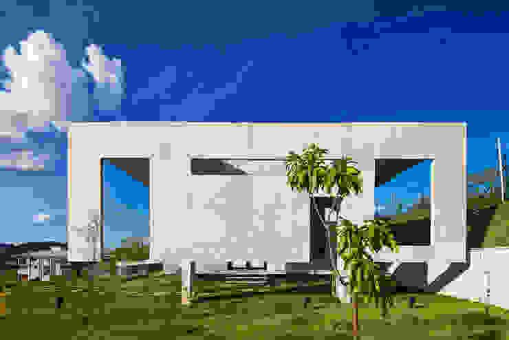 Casa JE Casas modernas por Humberto Hermeto Moderno