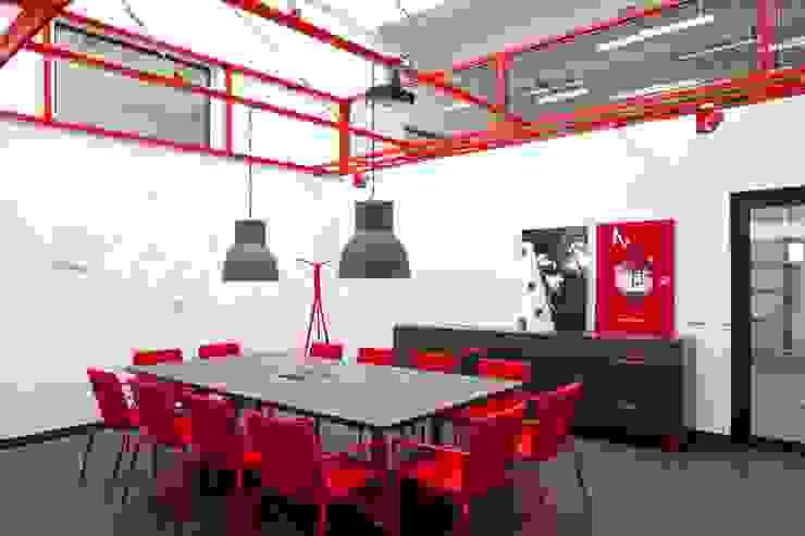 Laboratorium HAAS od Pracownia Architektury Cechownia Nowoczesny