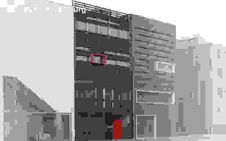 Florian Eckardt - architectinamsterdam Case in stile tropicale