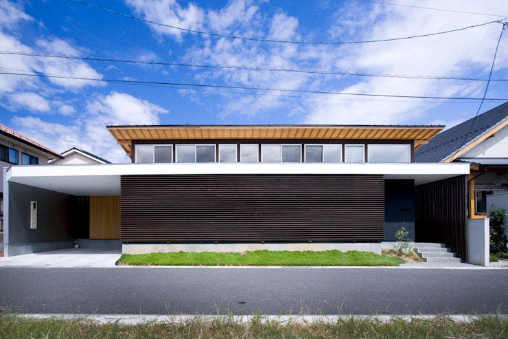 Modern houses by Y.Architectural Design Modern